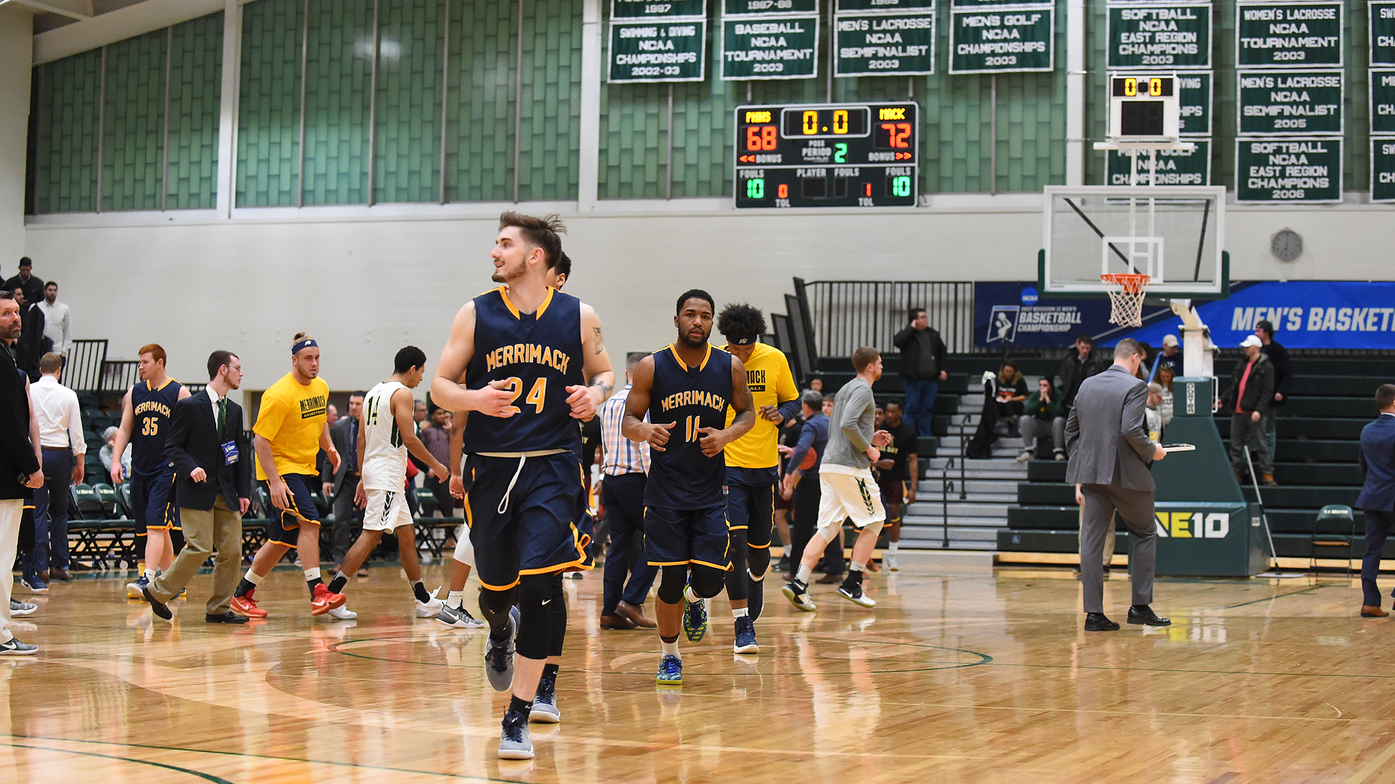 Mens basketball picked 15th in dii bulletin preseason poll mens basketball picked 15th in dii bulletin preseason poll sciox Images