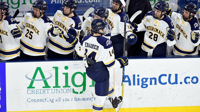 Men's Ice Hockey Hosts #16/15 Wisconsin for Home Opener Saturday at Lawler Rink